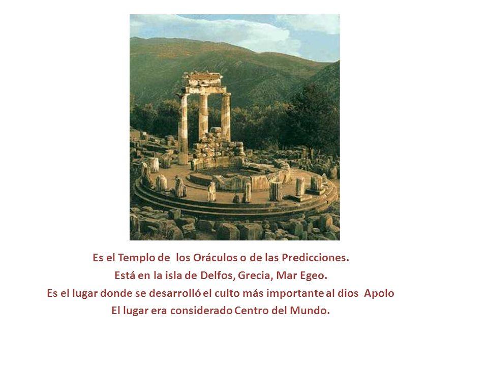 Es el Templo de los Oráculos o de las Predicciones. Está en la isla de Delfos, Grecia, Mar Egeo. Es el lugar donde se desarrolló el culto más importan