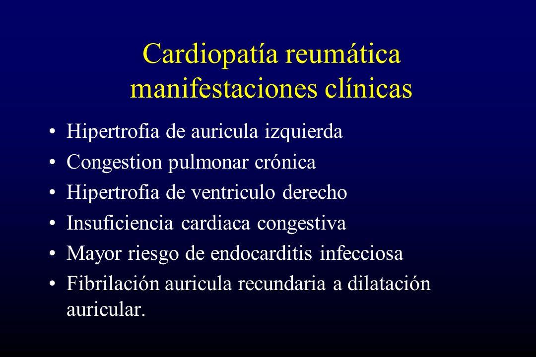 Hipertrofia de auricula izquierda Congestion pulmonar crónica Hipertrofia de ventriculo derecho Insuficiencia cardiaca congestiva Mayor riesgo de endocarditis infecciosa Fibrilación auricula recundaria a dilatación auricular.