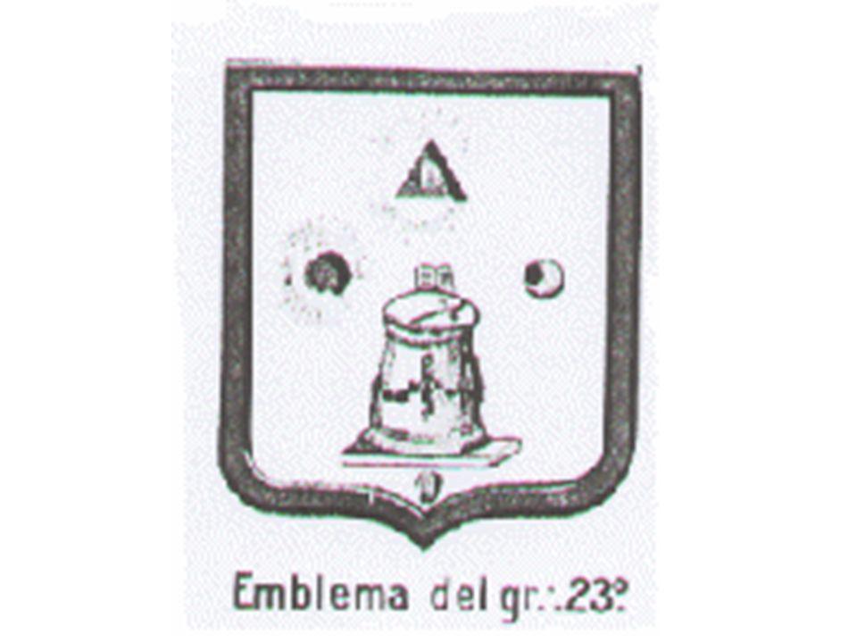 En el Rito de Memphis Se utiliza a veces este símbolo, consistente en el Arca de la Alianza, con una mano señalando hacia arriba, todo rodeado por el Ouroboros.