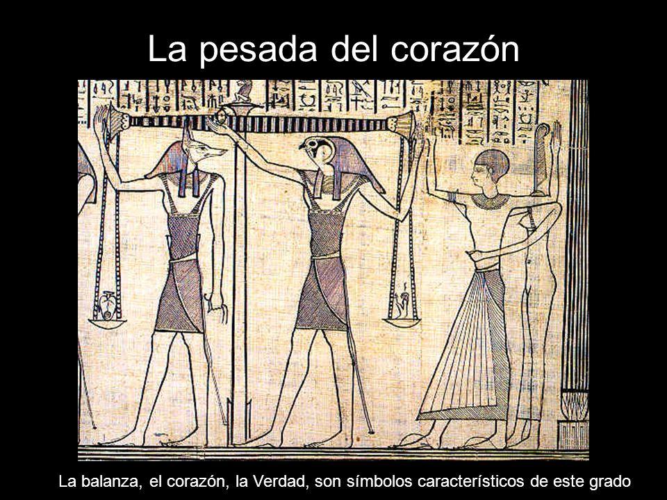 Fusión de épocas Fusionar símbolos egipcios y templarios no tiene, obviamente, sentido histórico, pero lo que aquí importa es la significación simbólica.