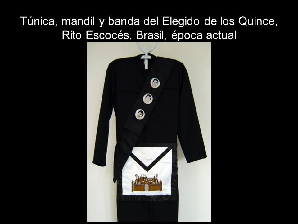 Túnica, mandil y banda del Elegido de los Quince, Rito Escocés, Brasil, época actual