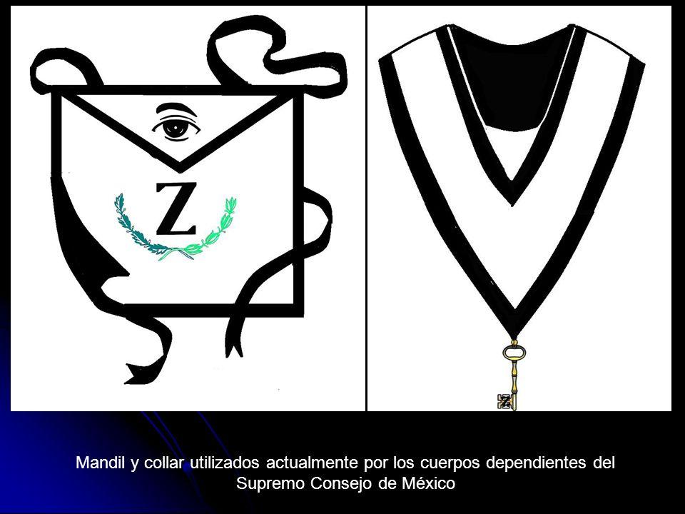 Mandil y collar utilizados actualmente por los cuerpos dependientes del Supremo Consejo de México