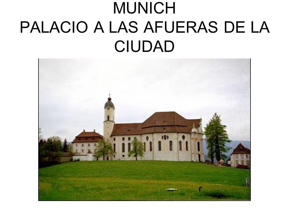 MUNICH PALACIO A LAS AFUERAS DE LA CIUDAD