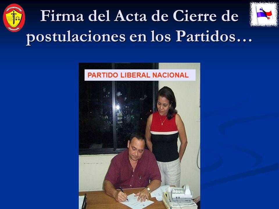 Firma del Acta de Cierre de postulaciones en los Partidos… PARTIDO CAMBIO DEMOCRATICO