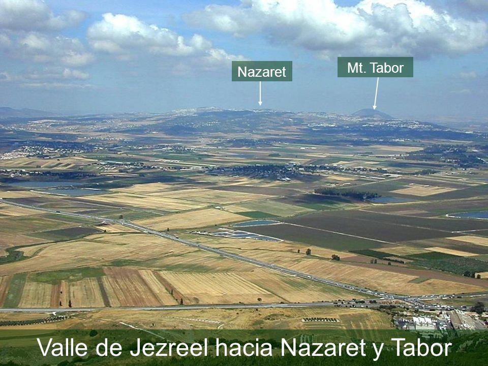 Valle de Jezreel hacia Nazaret y Tabor Mt. Tabor Nazaret