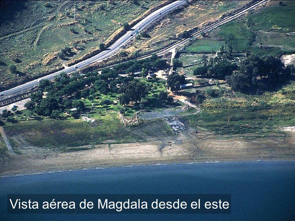 Vista aérea de Magdala desde el este