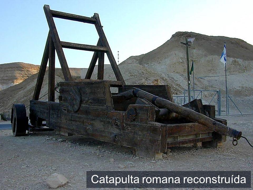 Catapulta romana reconstruída