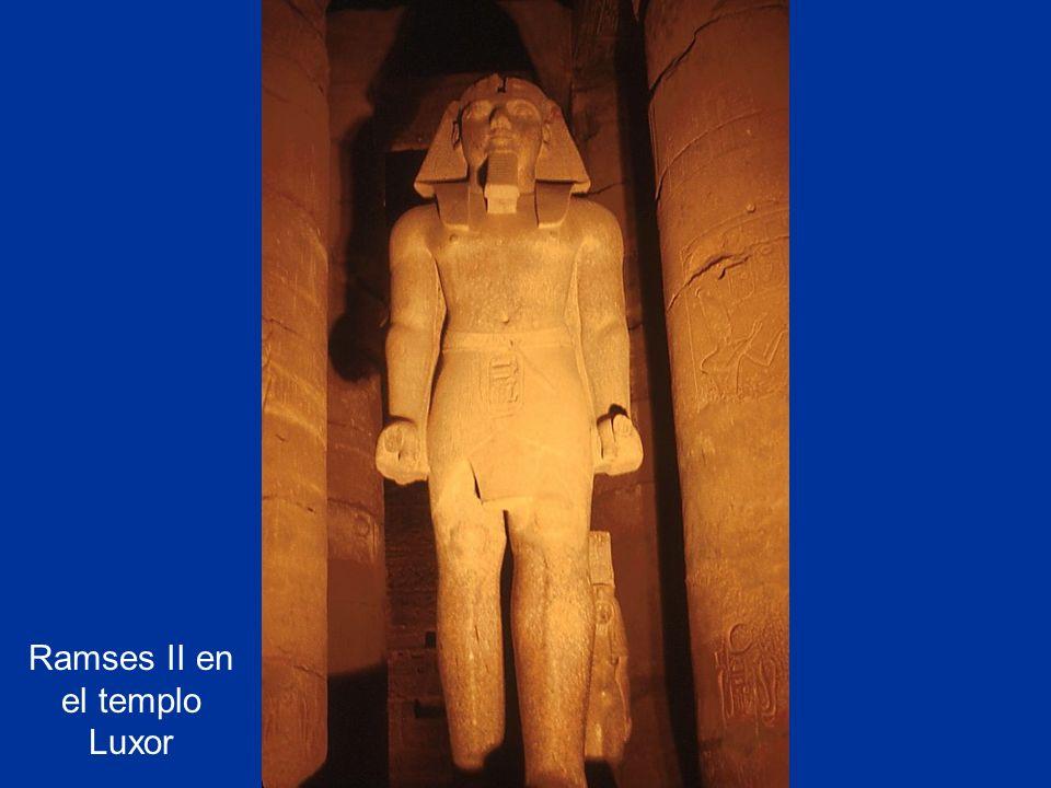 Ramses II en el templo Luxor