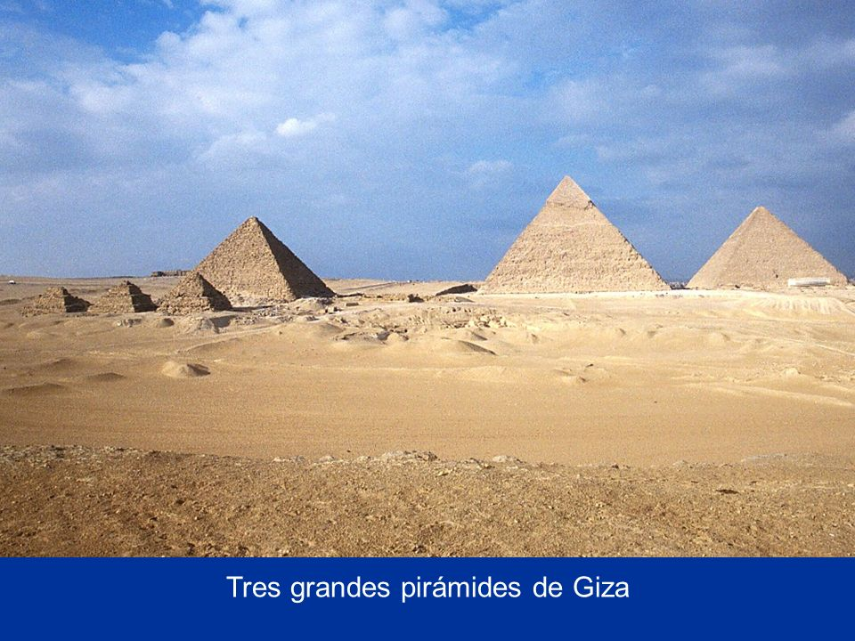 Tres grandes pirámides de Giza