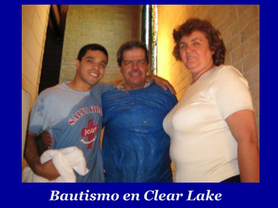 Bautismo en Clear Lake