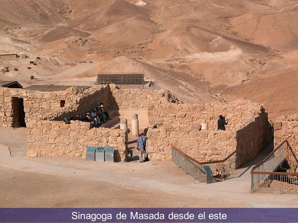 Sinagoga de Masada desde el este