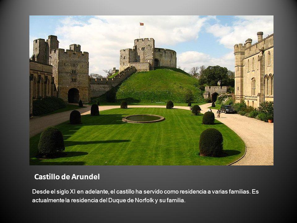 Castillo de Arundel Desde el siglo XI en adelante, el castillo ha servido como residencia a varias familias. Es actualmente la residencia del Duque de