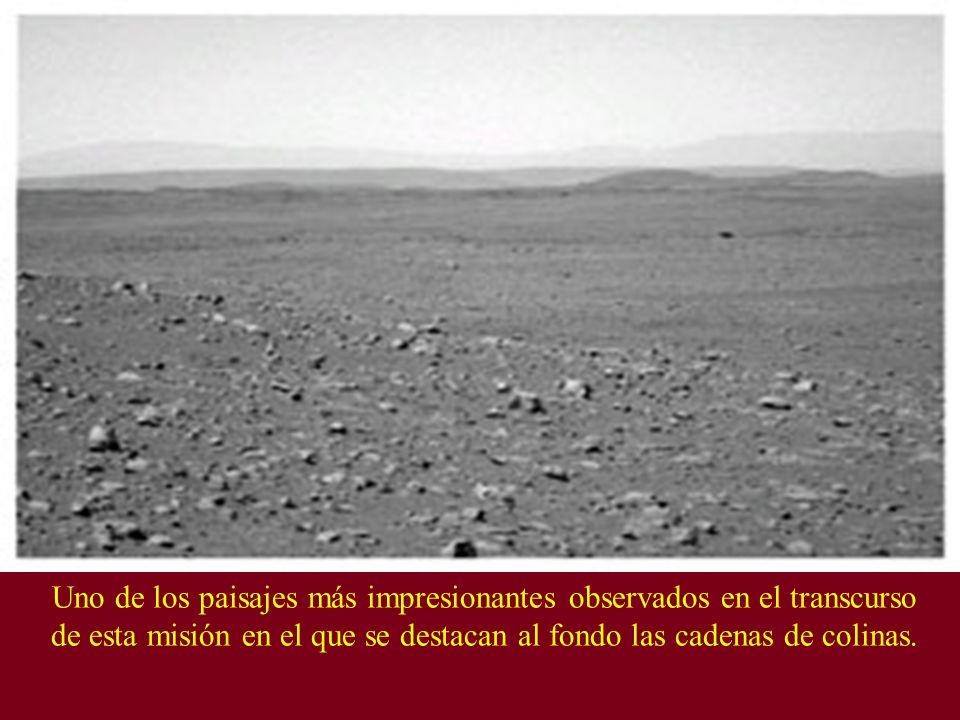 Uno de los paisajes más impresionantes observados en el transcurso de esta misión en el que se destacan al fondo las cadenas de colinas.