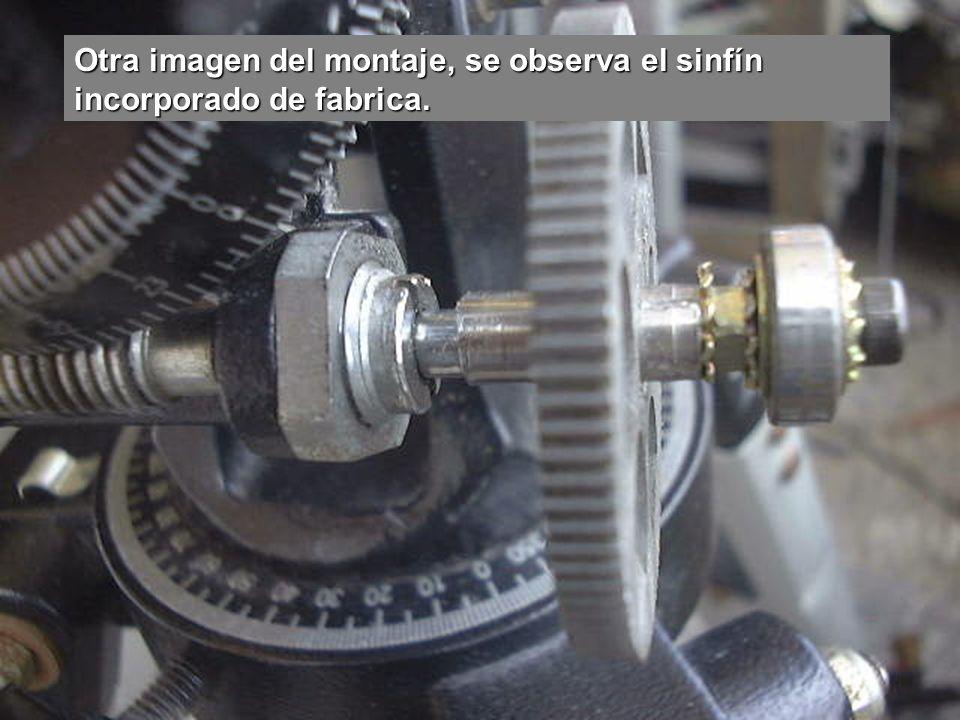 Motor de paso a paso destinado al seguimiento, con el sinfín incluido.