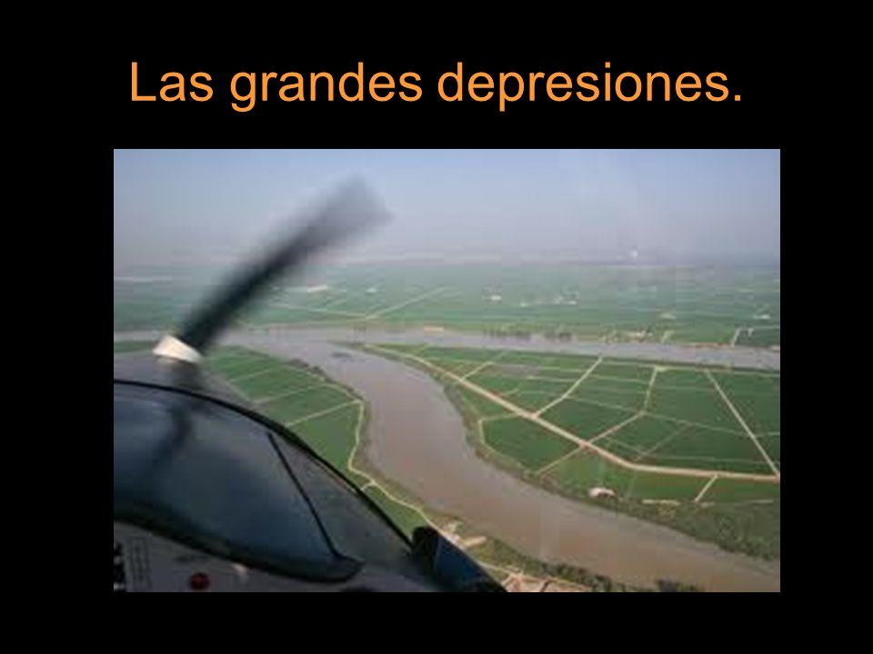 Cada depresión está recorrida por un gran río y sus afluentes, del que reciben su nombre: Depresión del río Ebro.