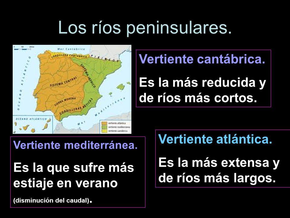 Vertiente cantábrica. Es la más reducida y de ríos más cortos. Vertiente atlántica. Es la más extensa y de ríos más largos. Vertiente mediterránea. Es