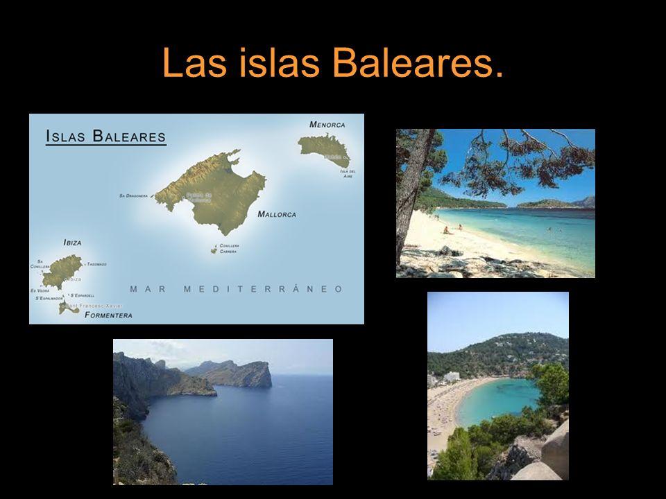 Islas Canarias. La mayoría de sus costas son altas y rocosas.