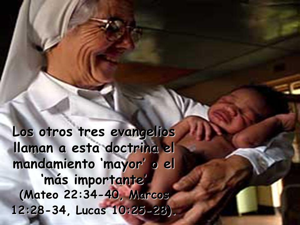 Pero la enseñanza y el ejemplo de amor de Jesús profundizan en este mandamiento.