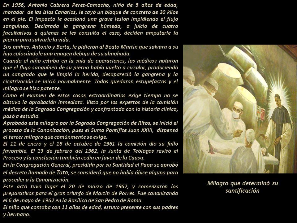 Milagros que determinaron su santificación En el año 1948 Doña Dorotea Caballero viuda de Escalante, residente en Asunción, Paraguay se encontraba muy