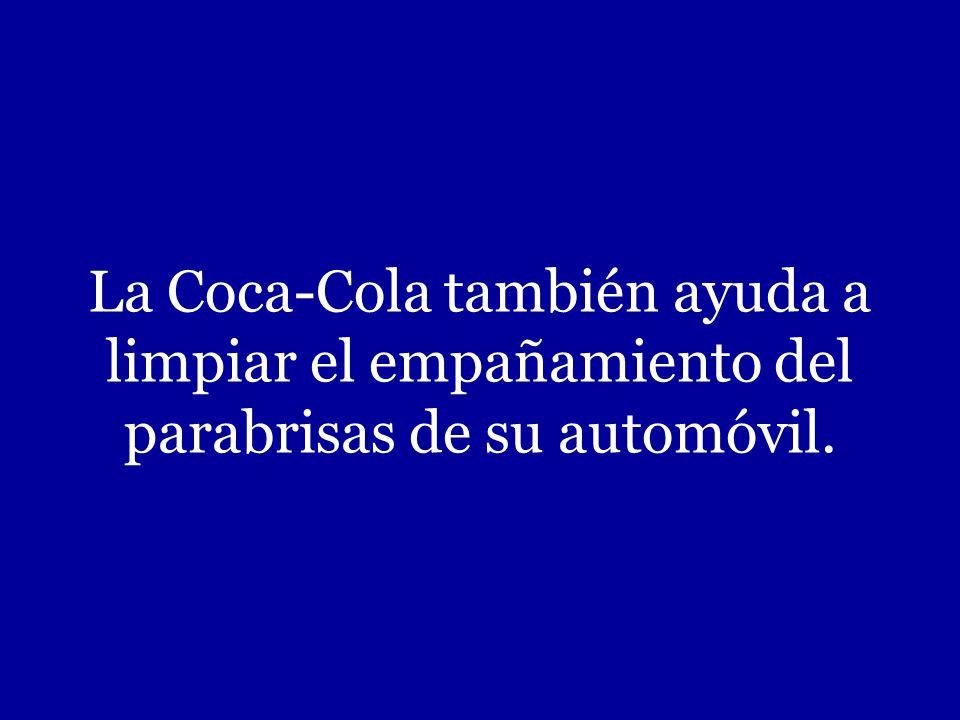 Para quitar las manchas de grasa de la ropa, ponga el contenido de una lata de Coca-Cola dentro de la máquina con la ropa y añadale detergente. La Coc