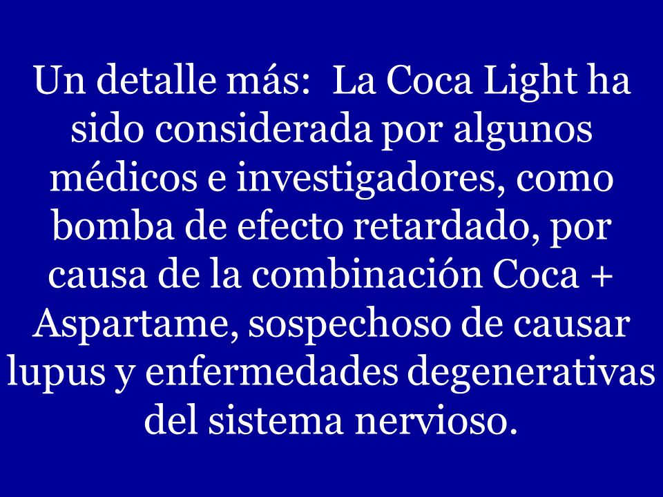 Para transportar los envases con Coca-Cola, los camiones comerciales son identificados con el aviso de Material Peligroso, que es reservado para el tr
