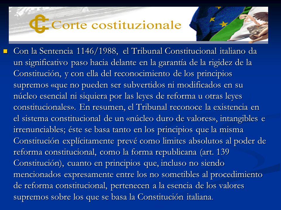 LOS LIMITES A LA REVISION CONSTITUCIONAL El único limite expreso es la forma republicana (art.