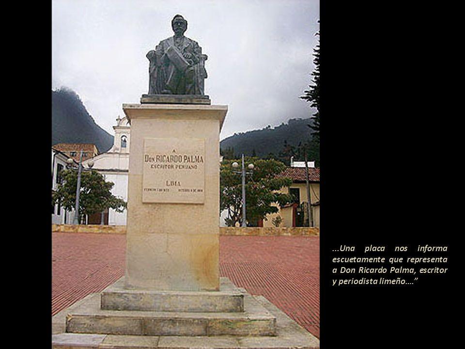 …En el centro de la ciudad [de Bogotá]... en la avenida 19, hay un señor para la mayoría de los pasantes completamente desconocido- impasiblemente sen