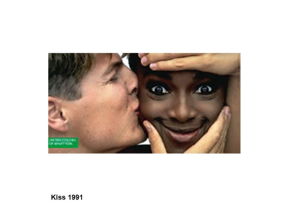 Joan Costa Las campañas publicitarias de Benetton siempre han ido a contracorriente.