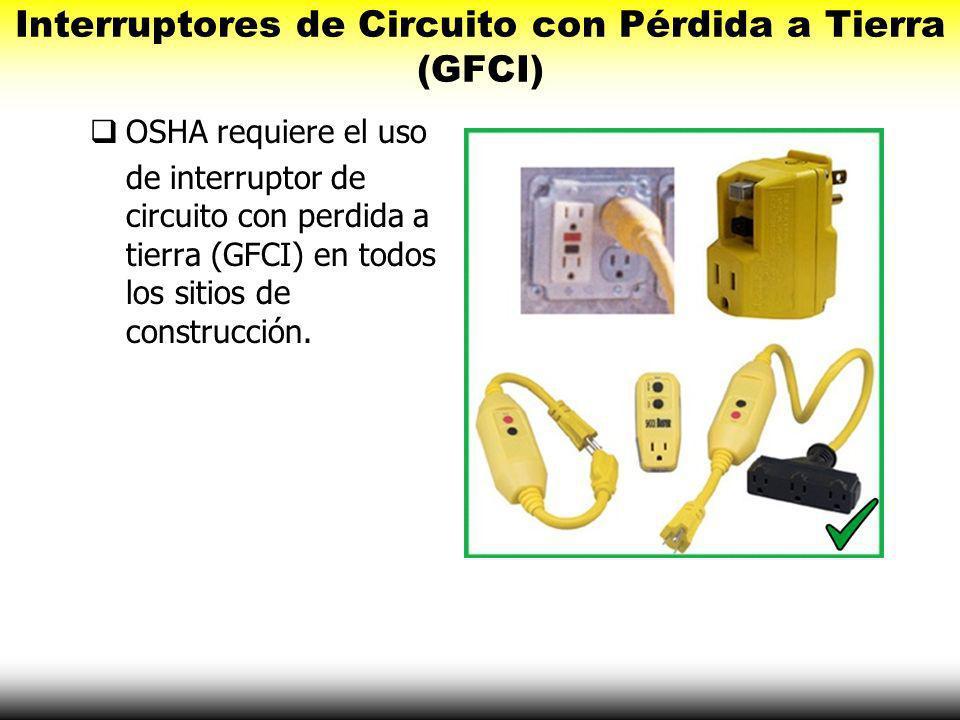 Inspeccionar Herramientas y Extensiones Inspeccionar herramientas y extensiones completamente antes de usar: grietas aislamiento dañado clavijas, pern