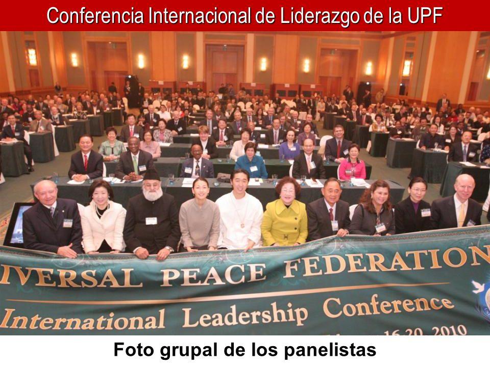 Conferencia Internacional de Liderazgo de la UPF Foto grupal de los panelistas
