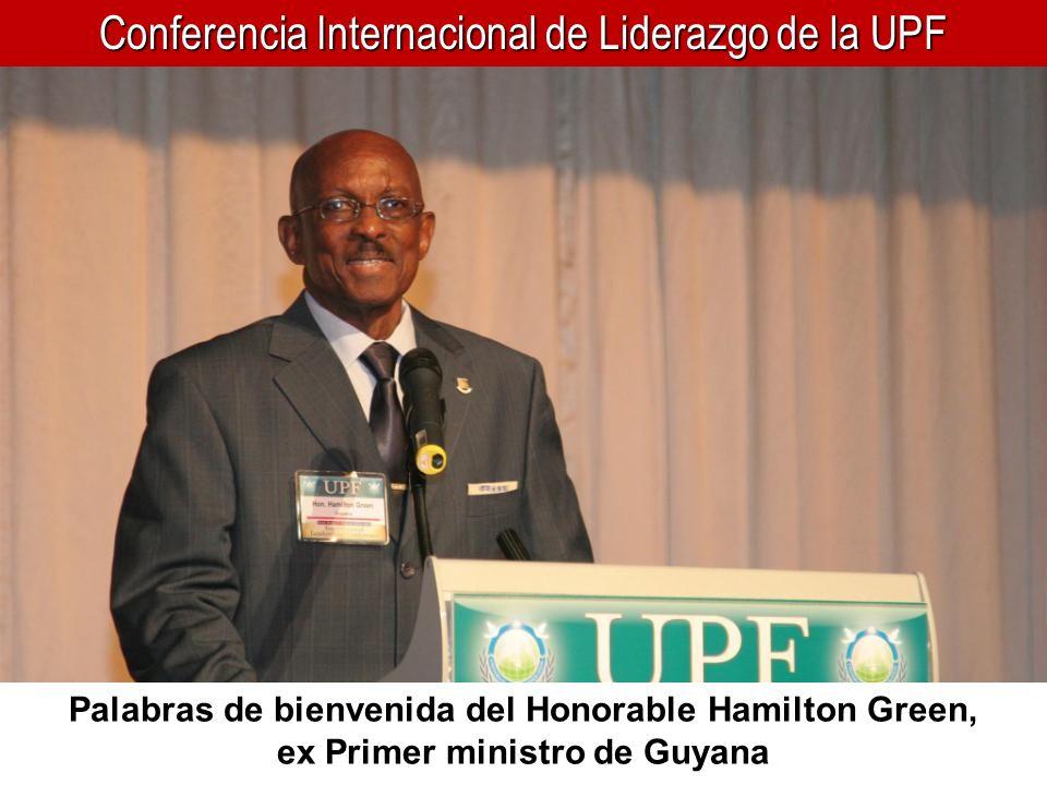Conferencia Internacional de Liderazgo de la UPF La delegación de Medio Oriente (Líbano, Siria y Egipto) con David Fraser Harris (2 o de la derecha), de la UPF