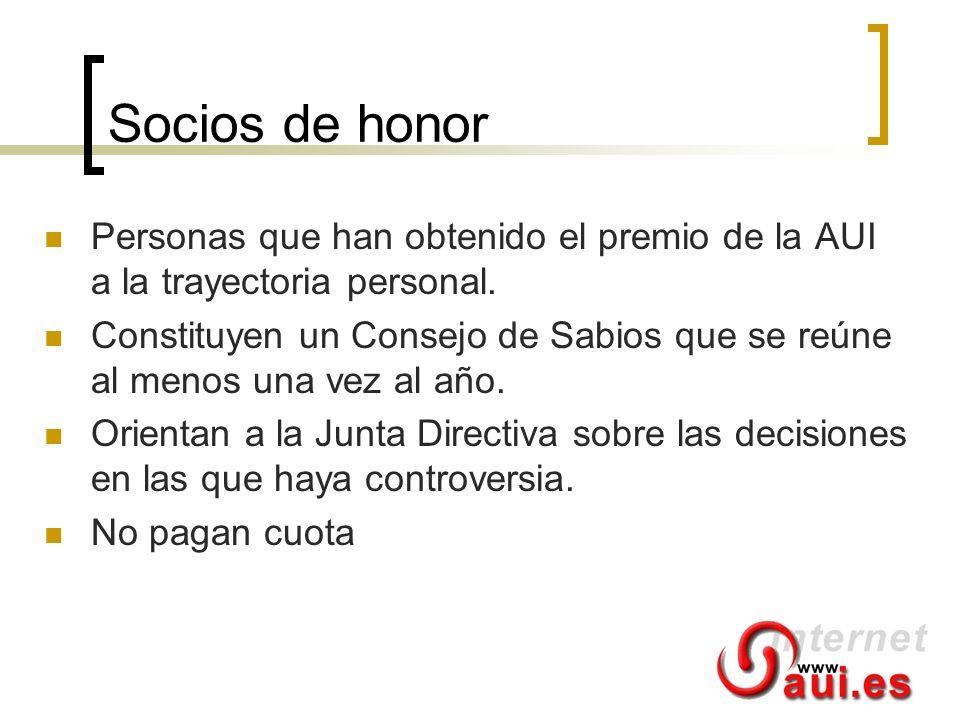 Socios de honor Personas que han obtenido el premio de la AUI a la trayectoria personal. Constituyen un Consejo de Sabios que se reúne al menos una ve