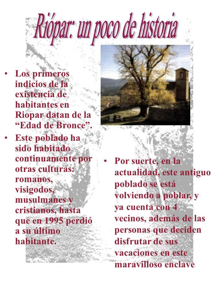 Los primeros indicios de la existencia de habitantes en Riopar datan de la Edad de Bronce.