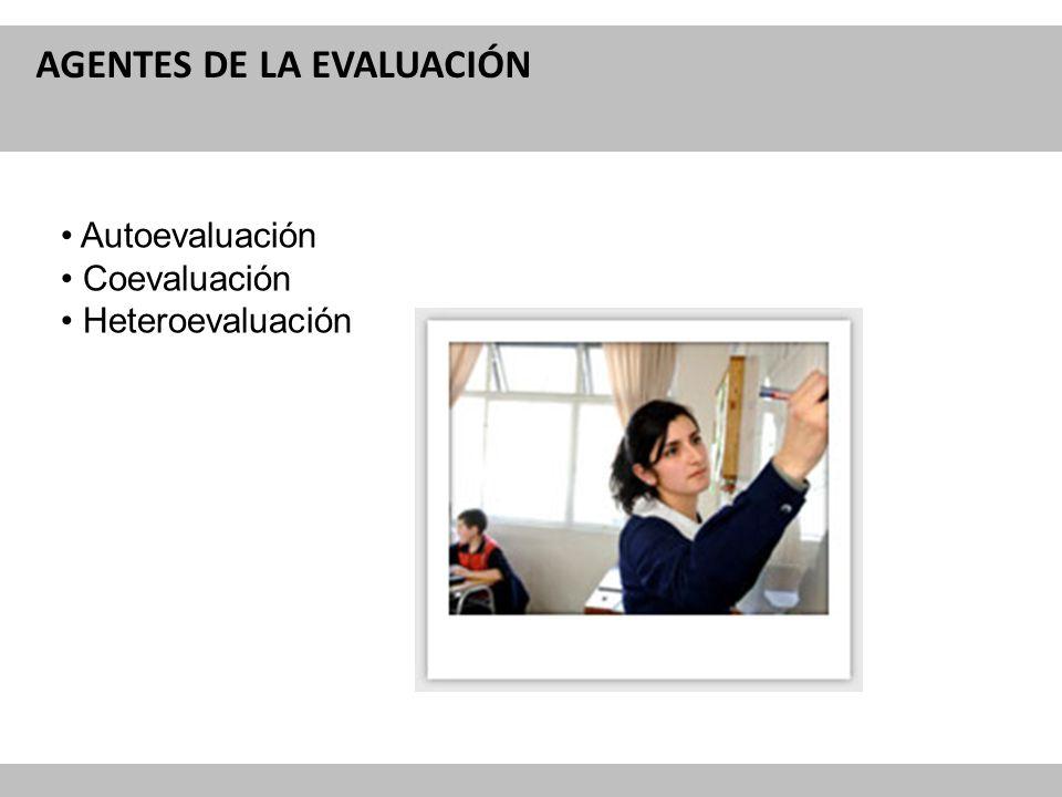 Reforma Curricular para la Educación IMPACTOS DE LA EVALUACIÓN Los análisis realizados por SIMCE, muestran que en los establecimientos municipales con docentes bien evaluados obtienen mejor resultados.