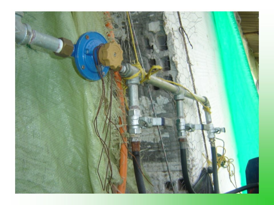 Reguladores Baja Presion : Humcar R-25 Media Presion: Novacomet Alta Presion: Novacomet
