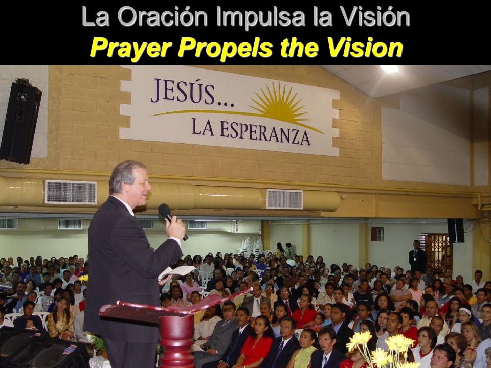 3,200 en Oración y Ayuno semanal 3,200 in weekly Prayer & Fasting