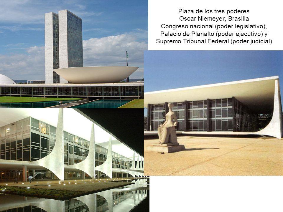 Plaza de los tres poderes Oscar Niemeyer, Brasilia Congreso nacional (poder legislativo), Palacio de Planalto (poder ejecutivo) y Supremo Tribunal Fed