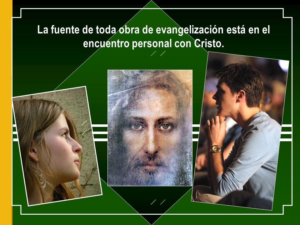 El mismo es el contenido de su anuncio porque El es Palabra viva y eficaz, en la que Dios se comunica a los hombres.