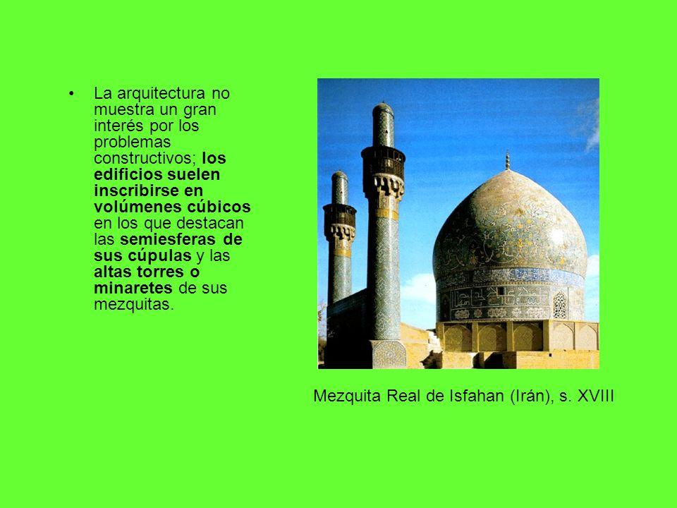 La arquitectura no muestra un gran interés por los problemas constructivos; los edificios suelen inscribirse en volúmenes cúbicos en los que destacan