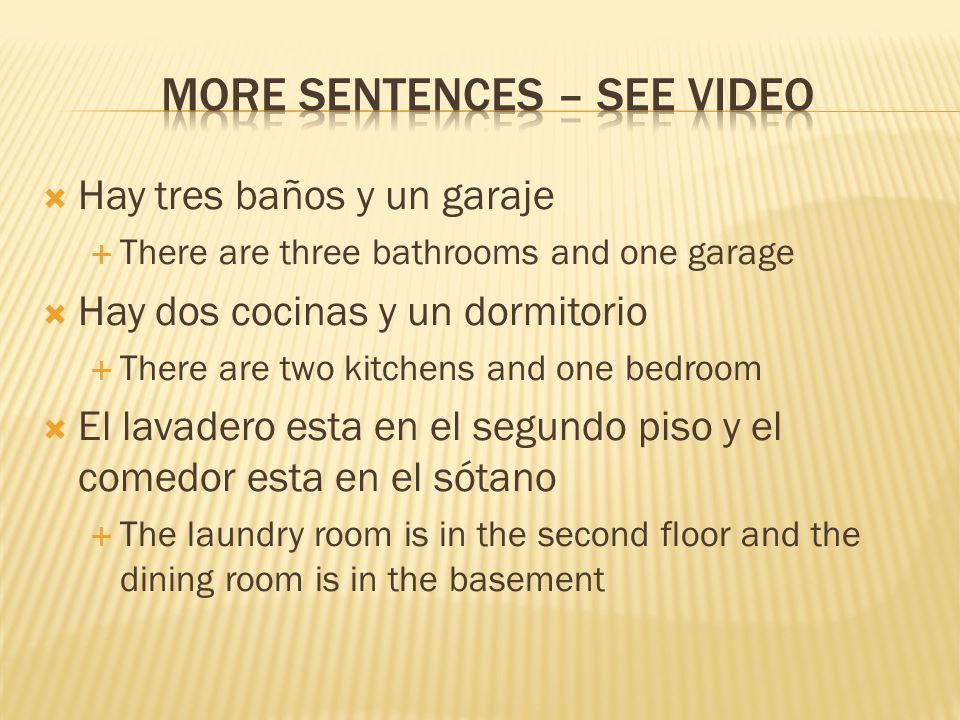 Hay tres baños y un garaje There are three bathrooms and one garage Hay dos cocinas y un dormitorio There are two kitchens and one bedroom El lavadero esta en el segundo piso y el comedor esta en el sótano The laundry room is in the second floor and the dining room is in the basement