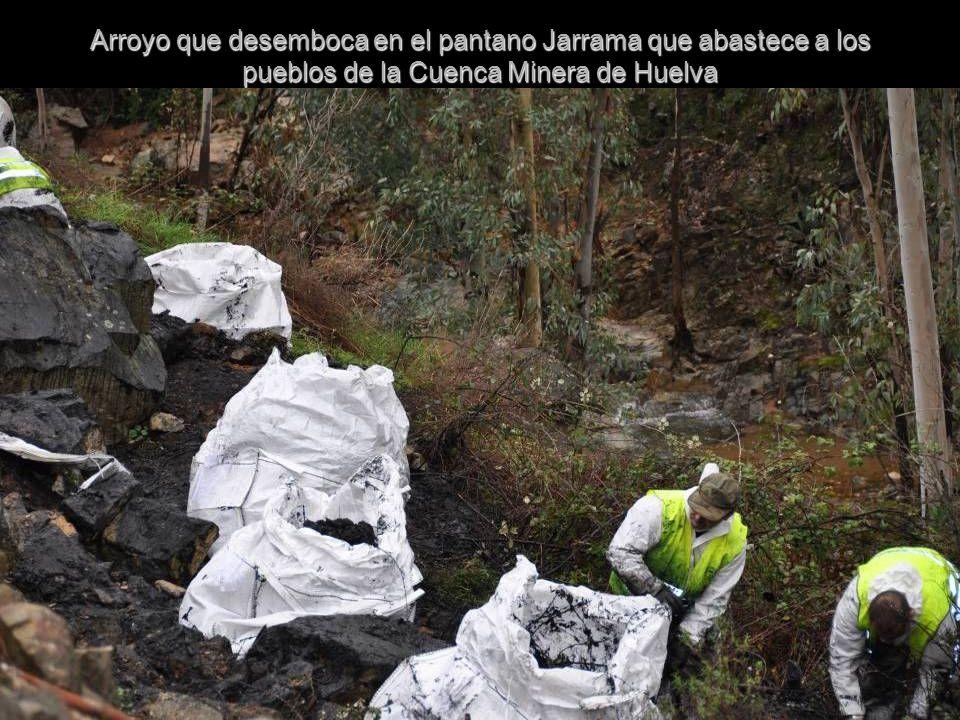 Arroyo que desemboca en el pantano Jarrama que abastece a los pueblos de la Cuenca Minera de Huelva