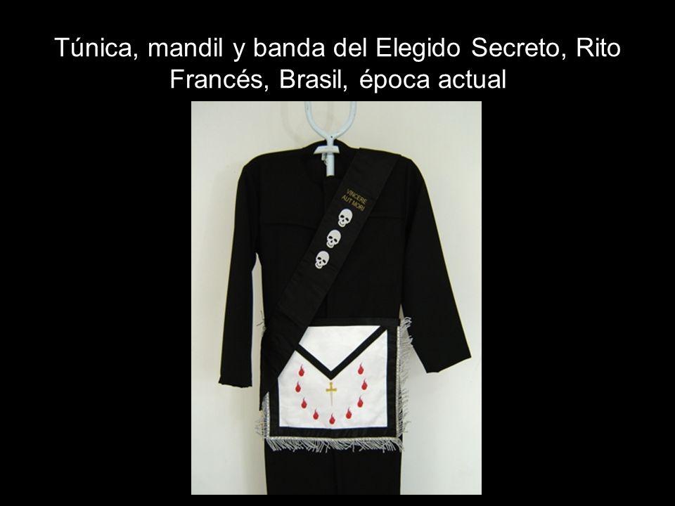 Túnica, mandil y banda del Elegido Secreto, Rito Francés, Brasil, época actual