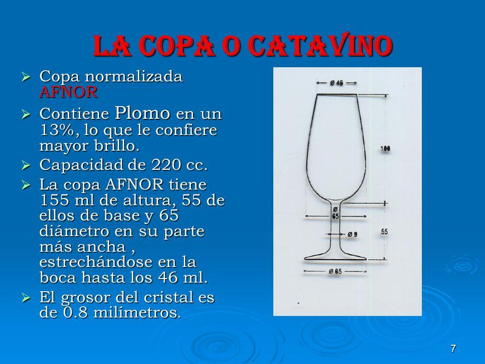 8 TEMPERATURAS DE LOS VINOS EN LA CATA Para una cata profesional lo ideal es que los vinos estén entre los 15º-20ºc, sin distinción de los tipos de vinos.