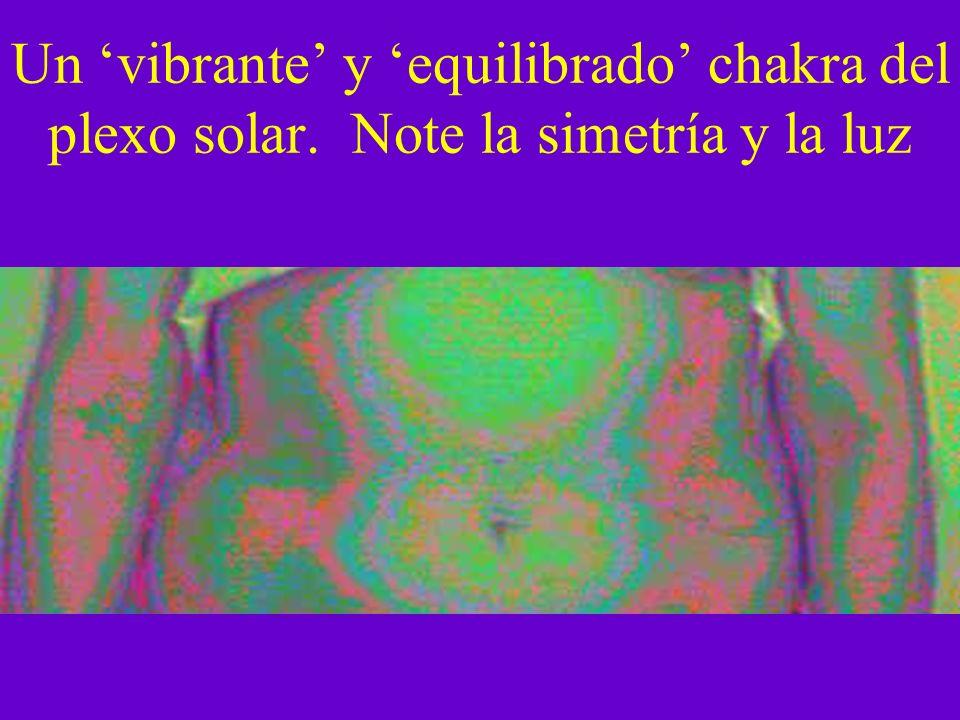 Un vibrante y equilibrado chakra del plexo solar. Note la simetría y la luz