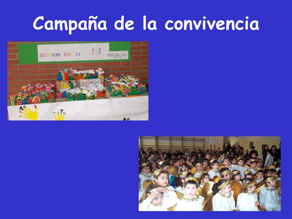 Evaluación Valoramos positivamente: La participación de toda la comunidad educativa.