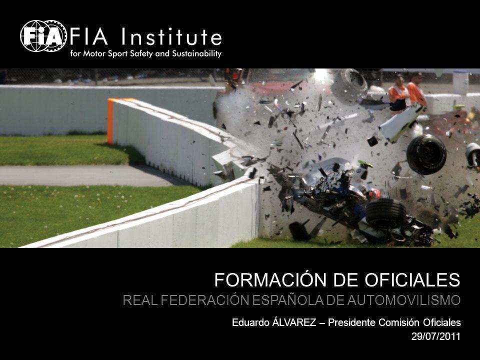 INTRODUCCIÓN La Real Federación Española de Automovilismo « La captación, la formación y el reciclaje de los oficiales de nuestro deporte son objetivos prioritarios por los que trabaja la Real Federación Española de Automovilismo.
