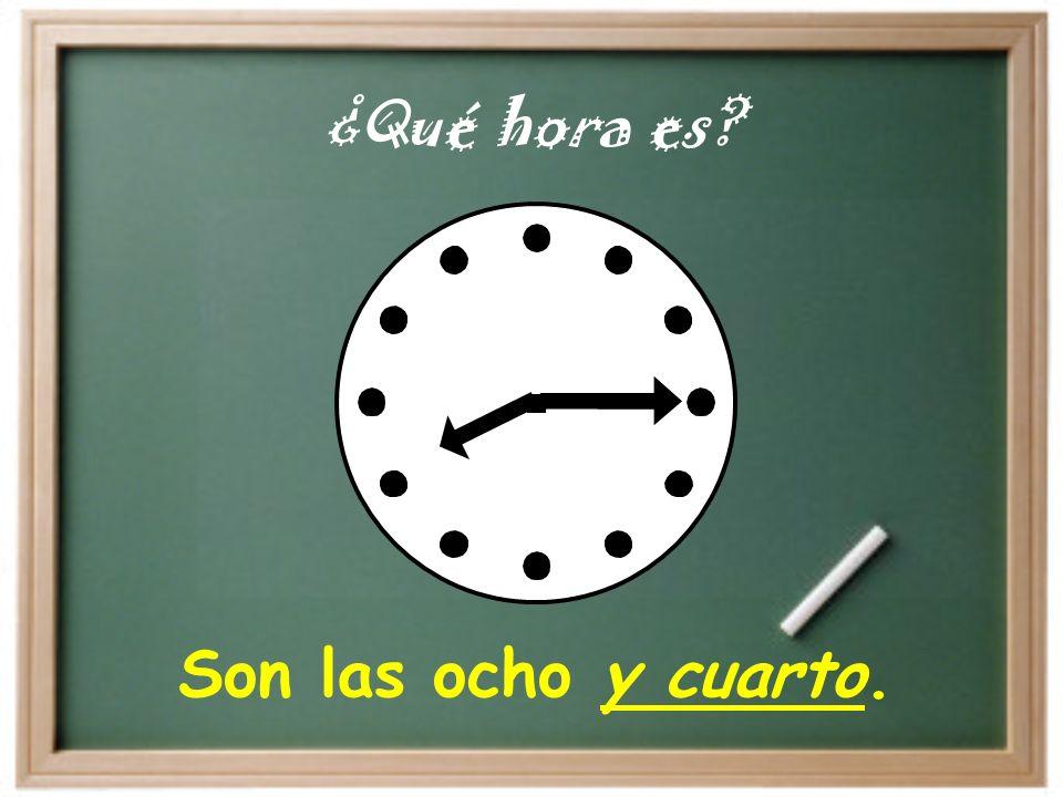 Son las cinco y diez. ¿Qué hora es?