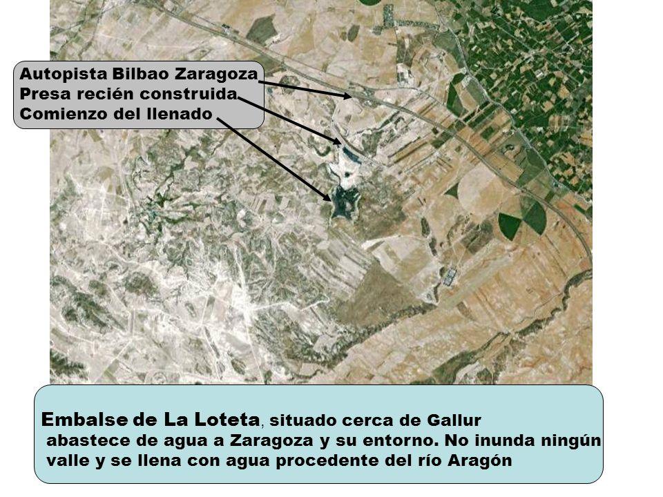 Embalse de La Loteta, situado cerca de Gallur abastece de agua a Zaragoza y su entorno. No inunda ningún valle y se llena con agua procedente del río