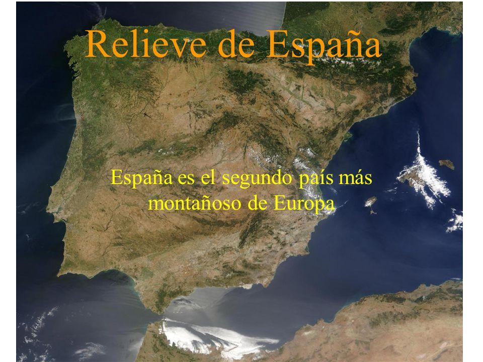 Relieve de España El relieve es el conjunto de formas que puede presentar la superficie terrestre: montañas, valles, islas,...