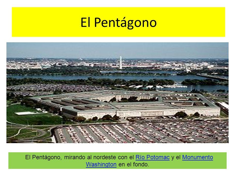 El Pentágono El Pentágono, mirando al nordeste con el Río Potomac y el Monumento Washington en el fondo.Río PotomacMonumento Washington